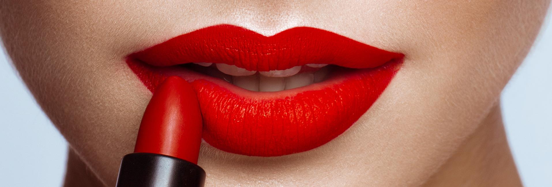 Make-up klasik: 5 savjeta za savršeno našminkane crvene usne